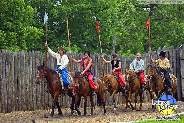 конный театр хортица казаки