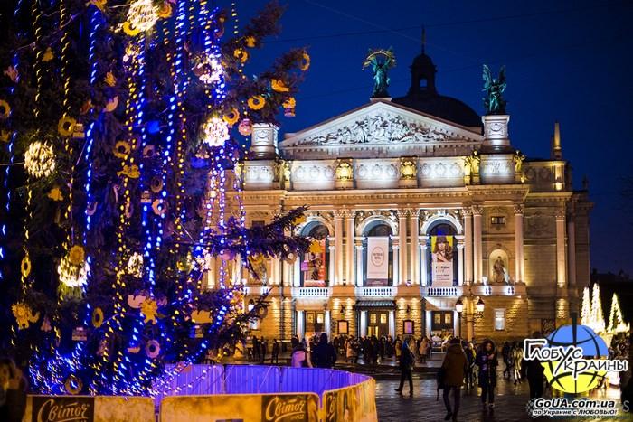львов зима праздники оперный театр