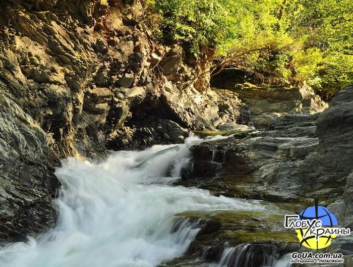 шешоры серебристые водопады