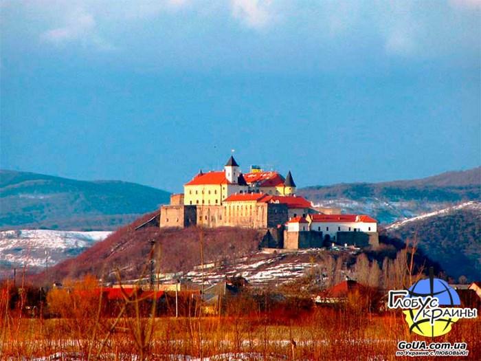 мукачево замок